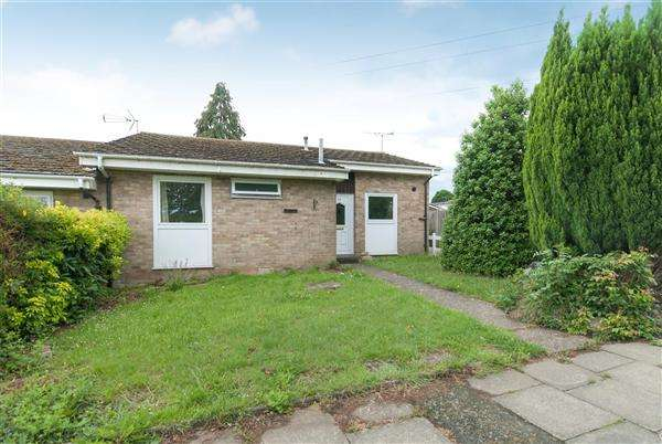 3 Bedrooms Bungalow for sale in Kemsing Gardens, Canterbury