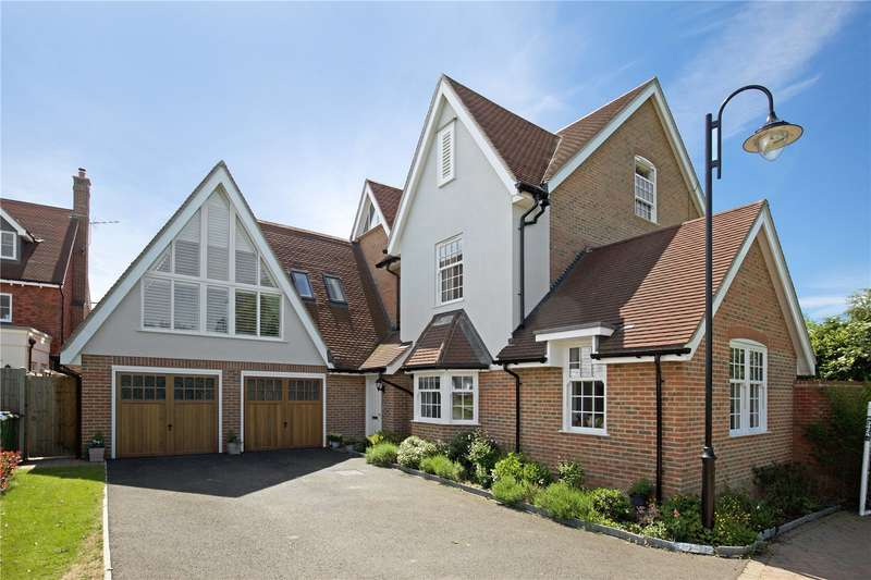 4 Bedrooms Detached House for sale in Wakeford Lane, Broadbridge Heath, Horsham, West Sussex, RH12