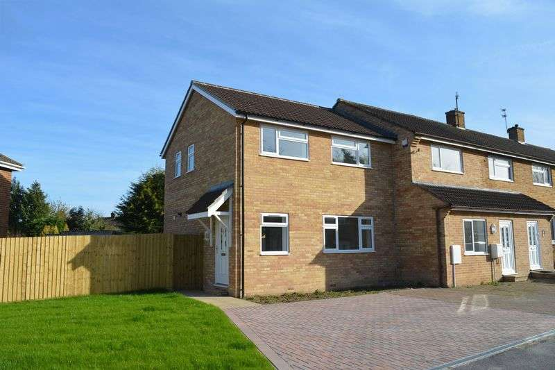 5 Bedrooms Property for sale in Wasbrough Avenue, Wantage