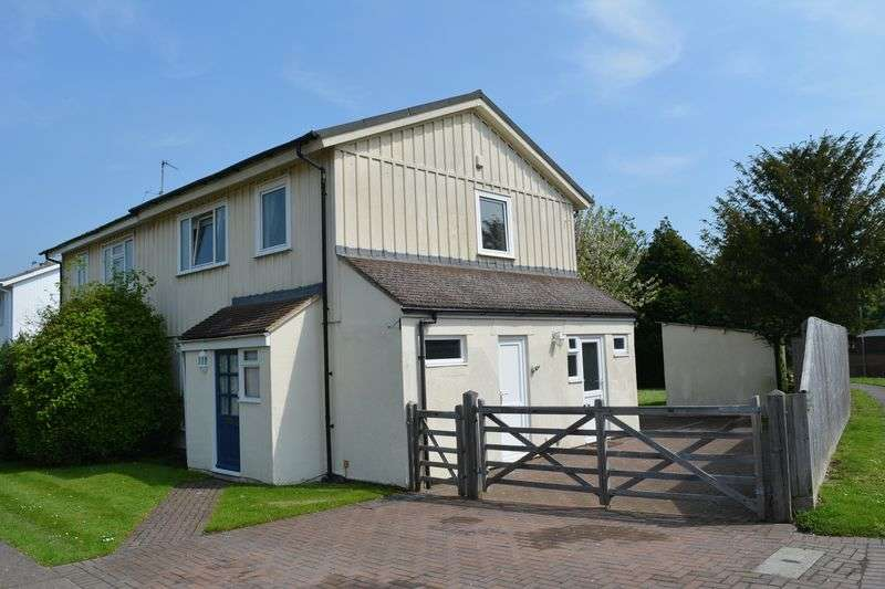 3 Bedrooms Property for sale in Foliat Drive, Wantage