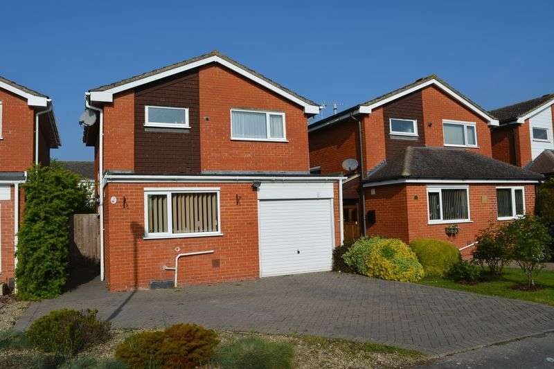 3 Bedrooms Property for sale in Barbury Drive, Grove, Wantage