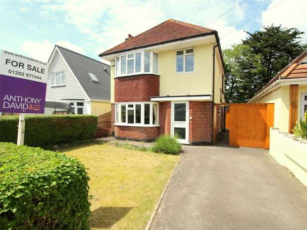 3 Bedrooms Detached House for sale in Pound Lane, Oakdale, POOLE, Dorset