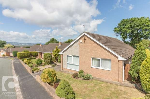 3 Bedrooms Detached Bungalow for sale in Furrocks Lane, Ness, Neston, Cheshire