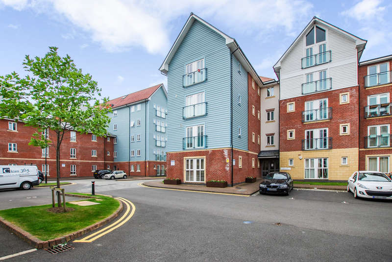 2 Bedrooms Flat for sale in Saddlery Way, Chester, Cheshire