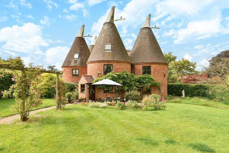 3 Bedrooms Farm House Character Property for sale in Eden Farm Lane, West Malling