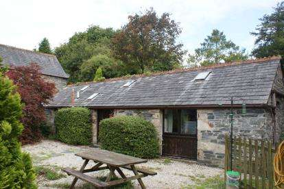 3 Bedrooms Barn Conversion Character Property for sale in St. Neot, Liskeard, Cornwall