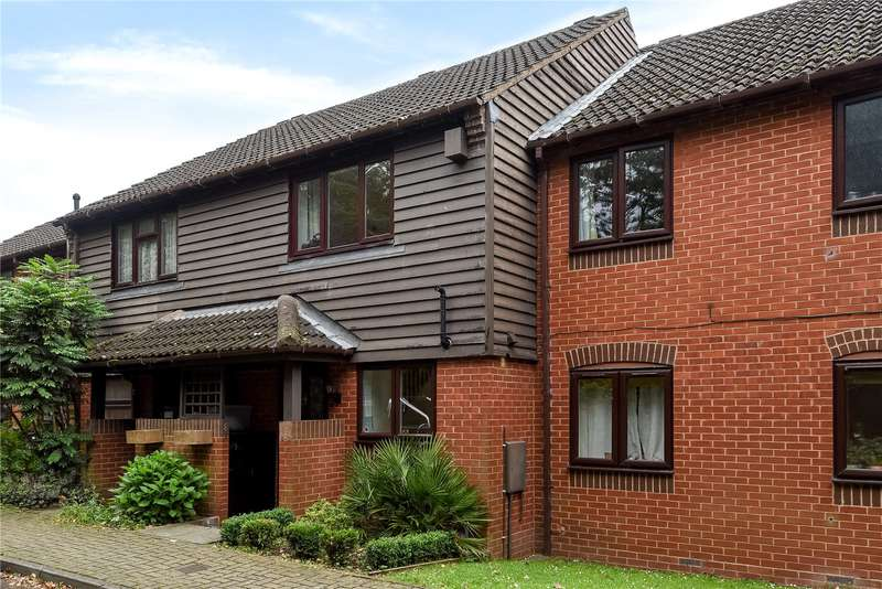 2 Bedrooms Terraced House for sale in The Willows, Mill End, Rickmansworth, Hertfordshire, WD3
