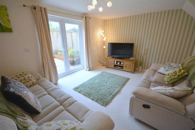 3 Bedrooms Semi Detached House for sale in Oldwood Close, Newton Aycliffe, , DL5 4FA