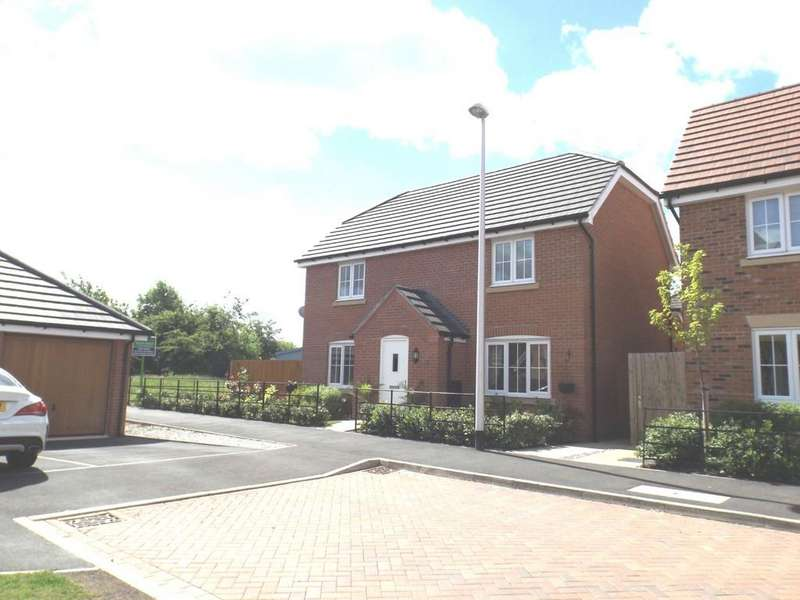 4 Bedrooms Detached House for sale in Hillside Close, Wychwood Village