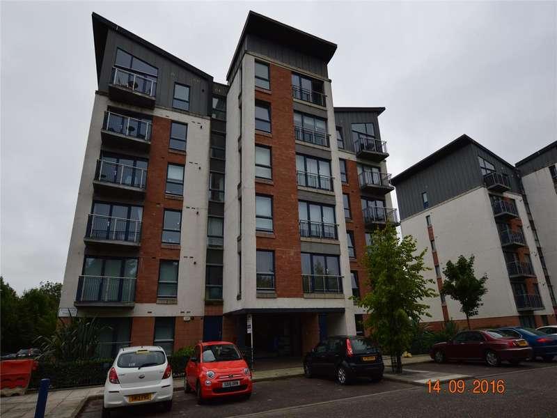 2 Bedrooms Flat for rent in Haughview Terrace, Oatlands, Glasgow