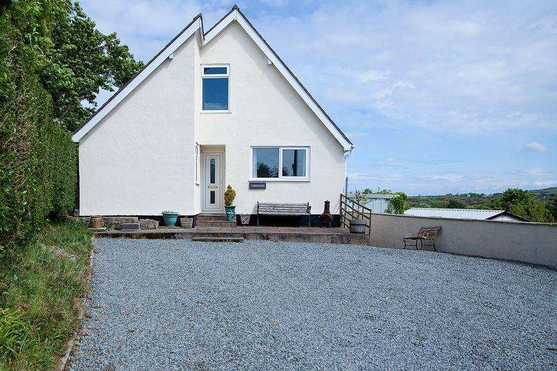 4 Bedrooms Bungalow for sale in Llewelyn Street, Amlwch
