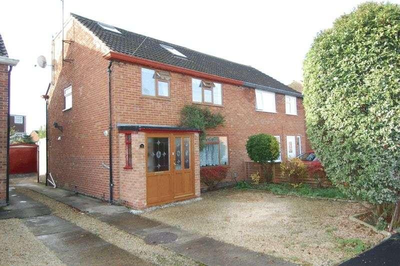 5 Bedrooms Property for sale in Lock Crescent, Kidlington