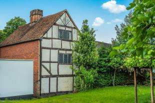 4 Bedrooms Terraced House for sale in Bell Street, Reigate, Surrey