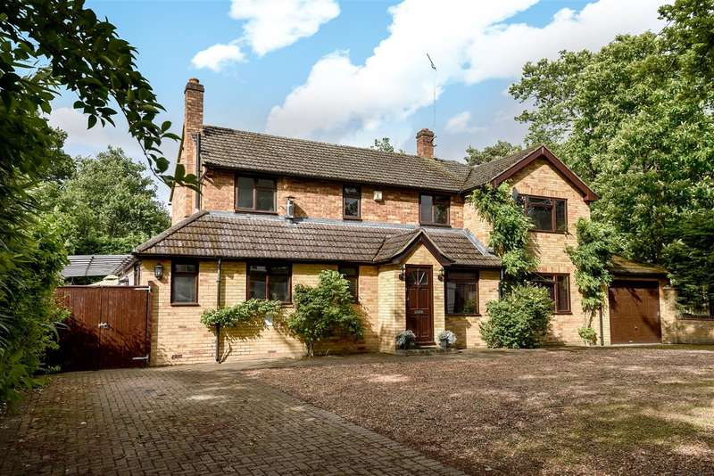 4 Bedrooms Detached House for sale in Hatch Ride, Crowthorne