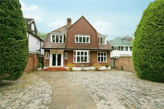 5 Bedrooms Detached House for rent in Hartington Road, Chiswick