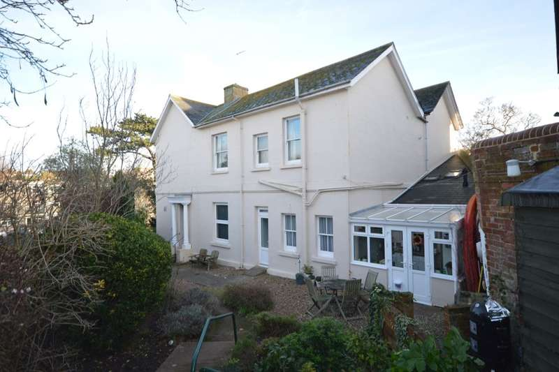 2 Bedrooms Flat for sale in Rolle Villas, Exmouth, EX8