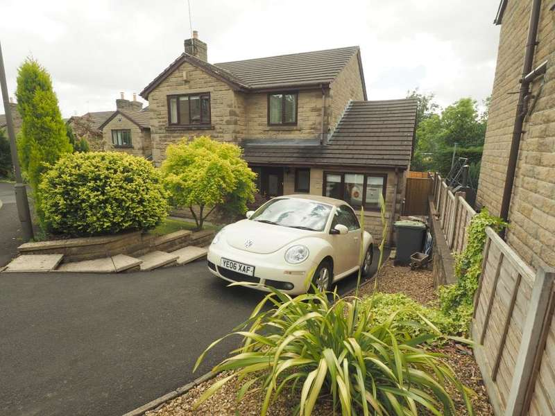 4 Bedrooms Detached House for sale in Danesway, Chapel-en-le-Frith, High Peak, Derbyshire, SK23 0JH