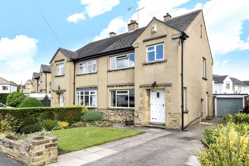 3 Bedrooms Semi Detached House for sale in Tranfield Avenue, Guiseley, Leeds, LS20 8NL
