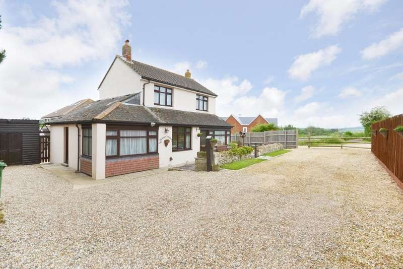 4 Bedrooms Detached House for sale in Lake, Isle of Wight