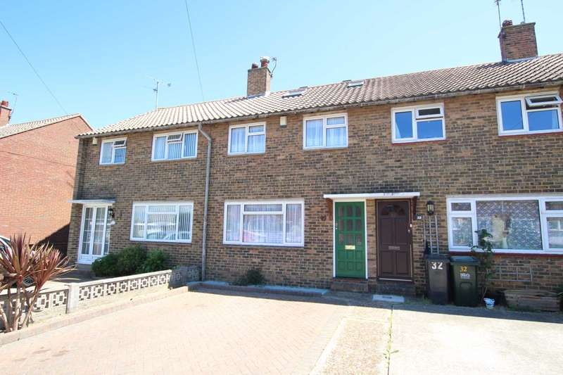 3 Bedrooms Semi Detached House for sale in Iden Street, Hampden Park, BN22 9HF
