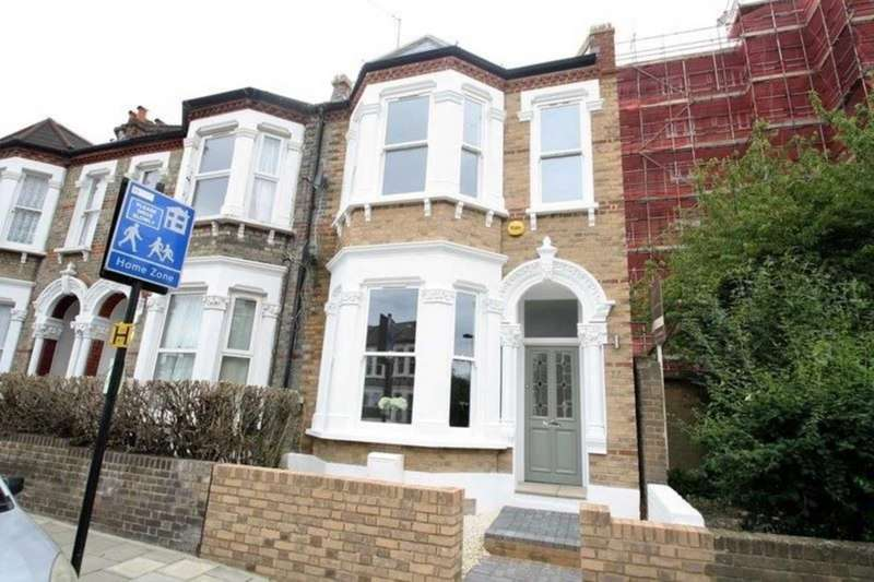 3 Bedrooms End Of Terrace House for sale in Holmewood Gardens, Brixton