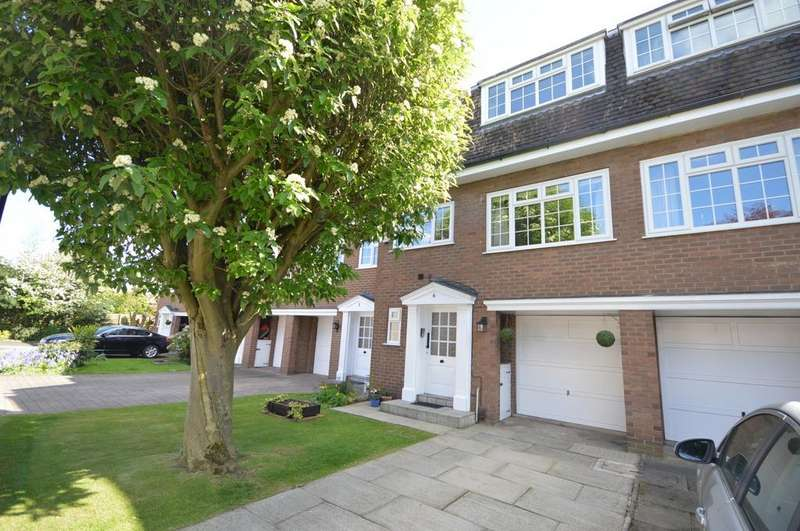 4 Bedrooms Terraced House for sale in The Mews, Gatley