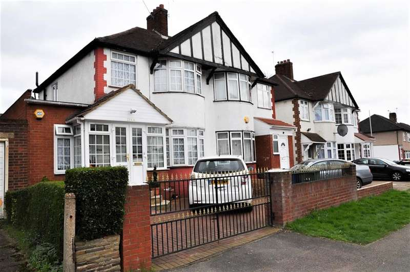 3 Bedrooms Semi Detached House for sale in Kenton Lane, Harrow, HA3 8RW