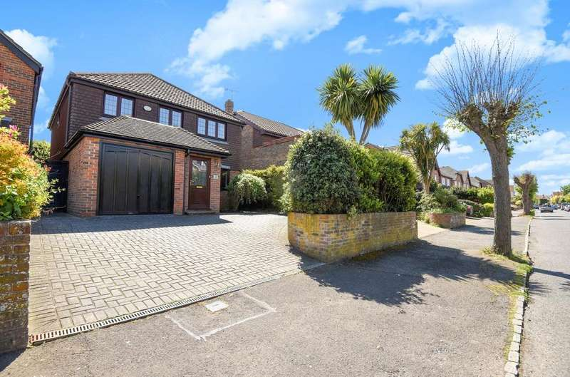 4 Bedrooms Detached House for sale in Victoria Mews, Victoria Drive, Bognor Regis, PO21