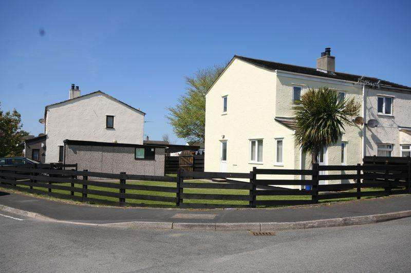 3 Bedrooms Semi Detached House for sale in Gaerwen, Anglesey