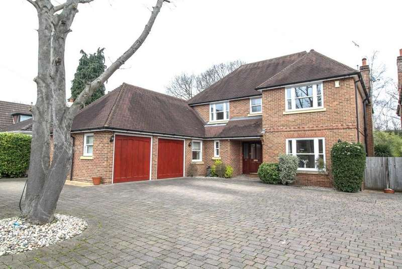 5 Bedrooms Detached House for sale in Ingrave Road, Brentwood, Essex, CM13