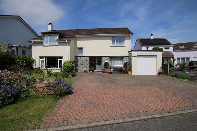 5 Bedrooms Detached House for sale in St Giles Drive, Wadebridge, Cornwall, PL27