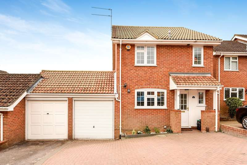 3 Bedrooms Link Detached House for sale in Felthorpe Close, Lower Earley, Reading, RG6