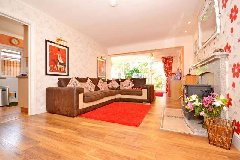4 Bedrooms Semi Detached House for sale in Chequers Road, Writtle, Chelmsford, CM1