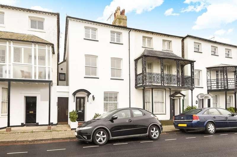 4 Bedrooms Semi Detached House for sale in Waterloo Square, Bognor Regis, PO21