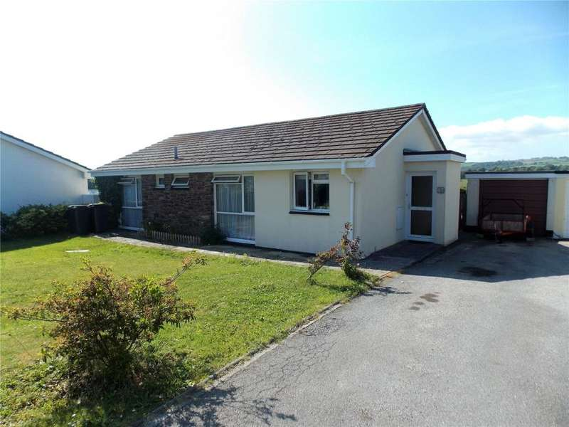 3 Bedrooms Detached Bungalow for sale in Trevance Park, Tywardreath, Par