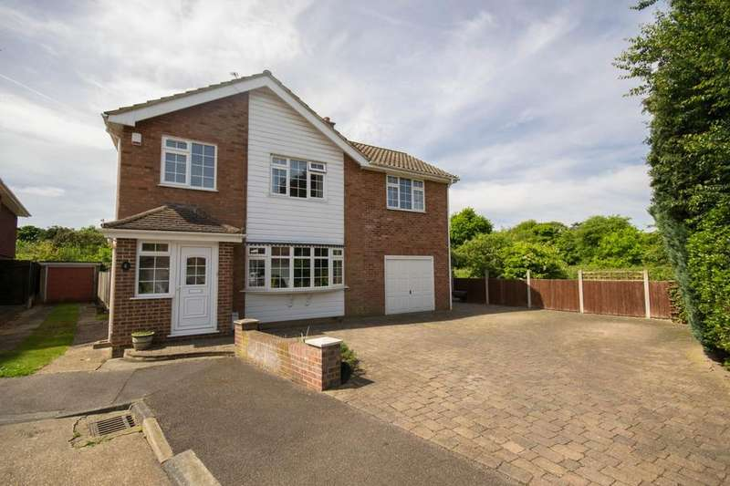 5 Bedrooms Detached House for sale in Collins Way, Hutton, Brentwood, Essex, CM13