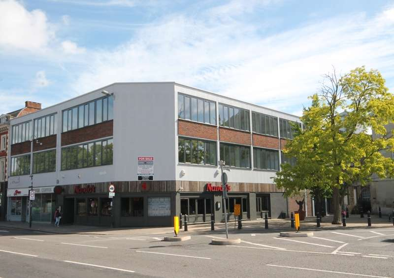 1 Bedroom Apartment Flat for sale in Flat 8 Swan House, The Embankment, Bedford, MK40