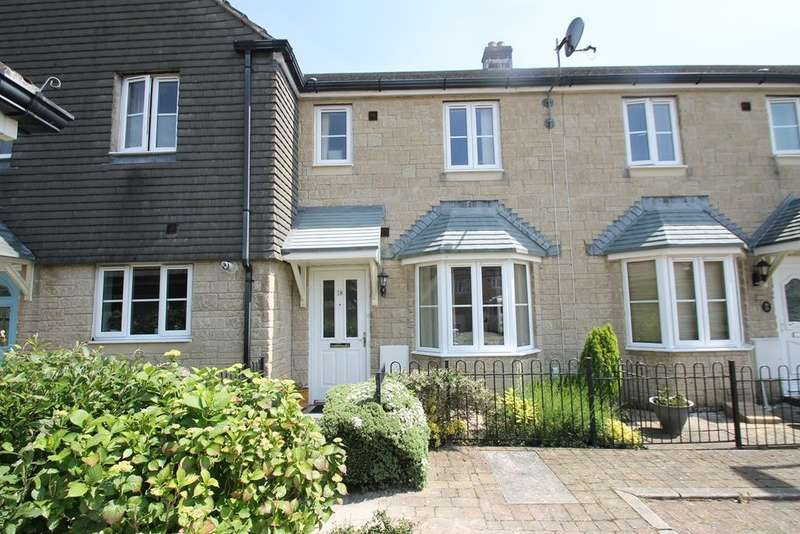 2 Bedrooms Terraced House for sale in Roborough
