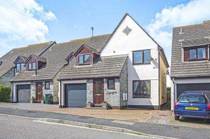 6 Bedrooms Link Detached House for sale in Padstow, Cornwall