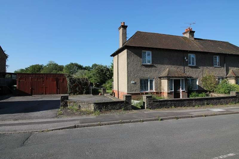 3 Bedrooms Semi Detached House for sale in Longmoor Road, Greatham, Liss