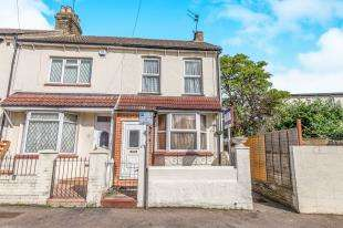 2 Bedrooms End Of Terrace House for sale in Jeyes Road, Gillingham, Kent, .