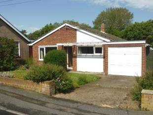 2 Bedrooms Bungalow for sale in Poplar Lane, Lydd, Romney Marsh