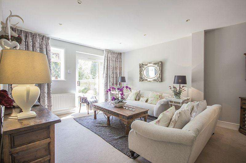 4 Bedrooms House for sale in Albany Mews, Newcastle Upon Tyne