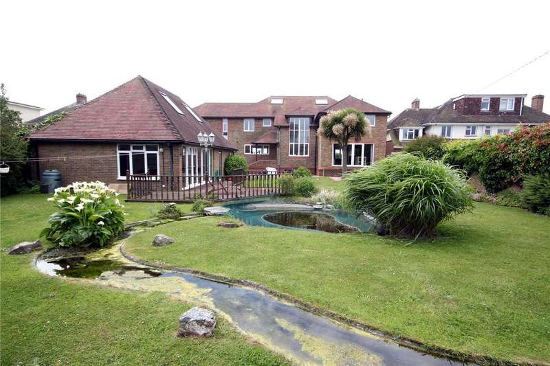 Detached House for rent in Marine Drive West, Barton on Sea, New Milton, Hampshire, BH25
