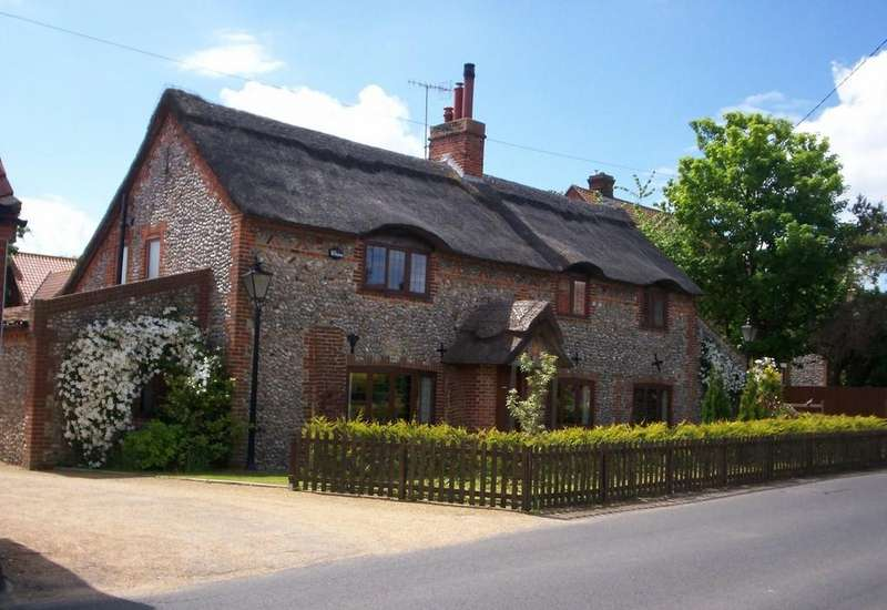 4 Bedrooms Barn Conversion Character Property for sale in Gasche's, Weybourne, Norfolk