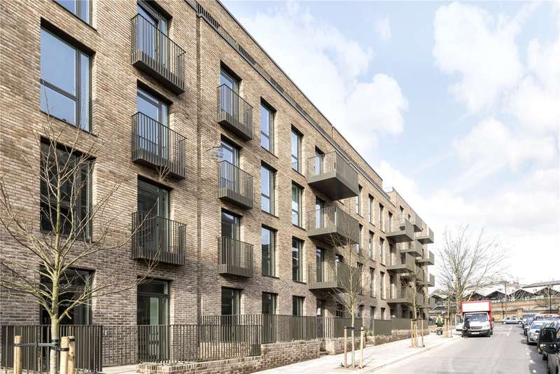 Flat for sale in Atrium Apartments, 12 West Row, London, W10