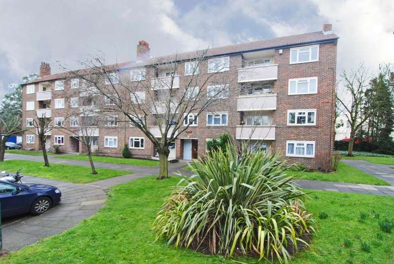 2 Bedrooms Apartment Flat for sale in Brick Farm Close