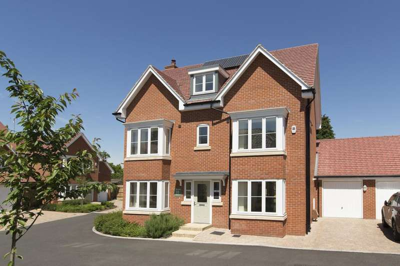 5 Bedrooms House for sale in The Oak, Norfolk Place, Iver, SL0 9QZ