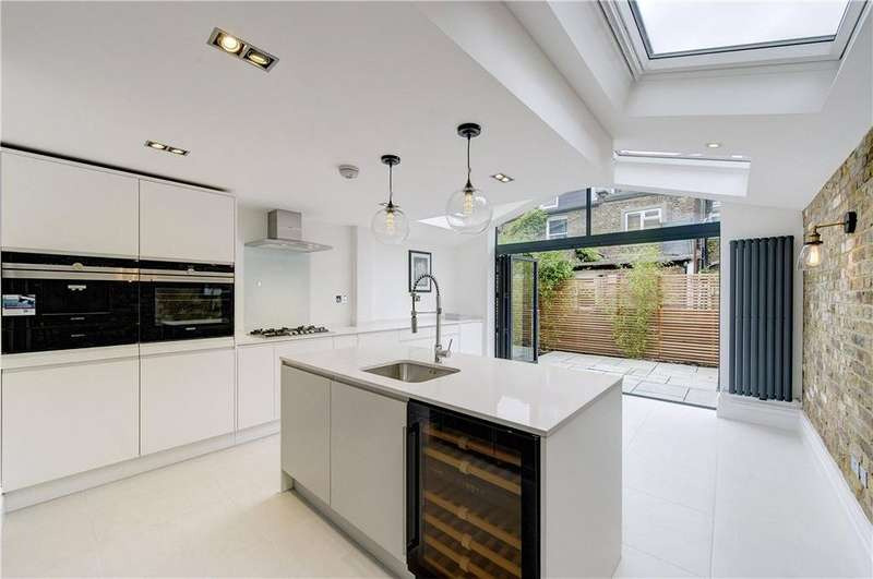 4 Bedrooms Terraced House for sale in Hiley Road, Kensal Rise, London, NW10