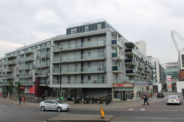 2 Bedrooms Flat for sale in Empire Way, Wembley, Middlesex